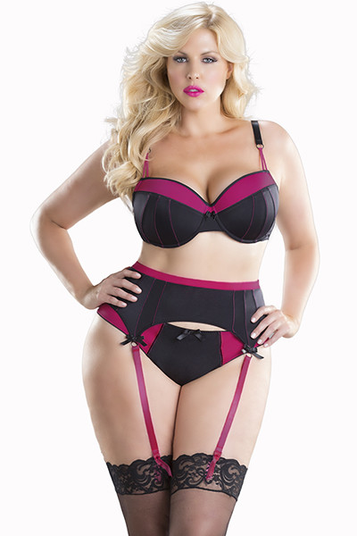 Stunning Moulded Cup Bra and Garter Set 1X, 2X, 3X and 4X